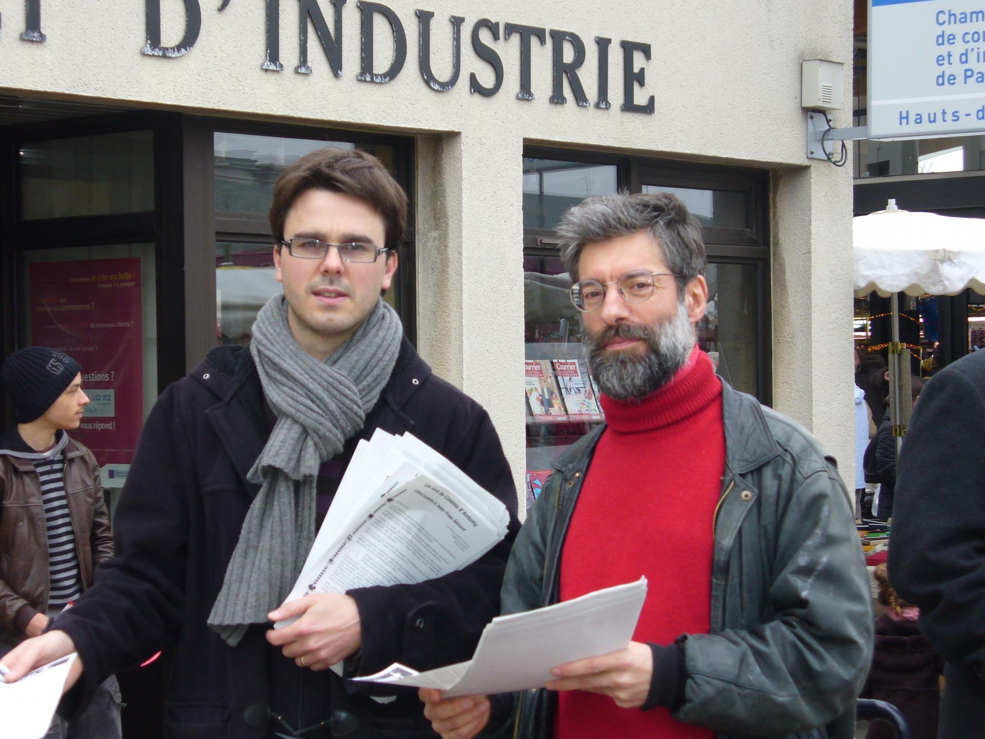 Fabien Feuillade et Pierre Rufat au marché